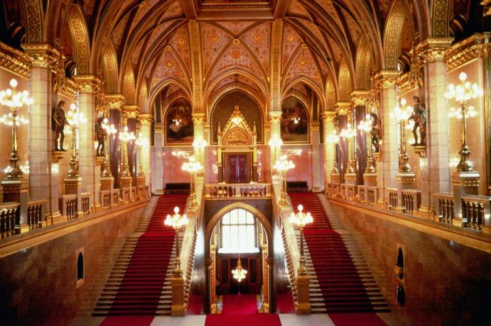 parlamento-budapest-interior