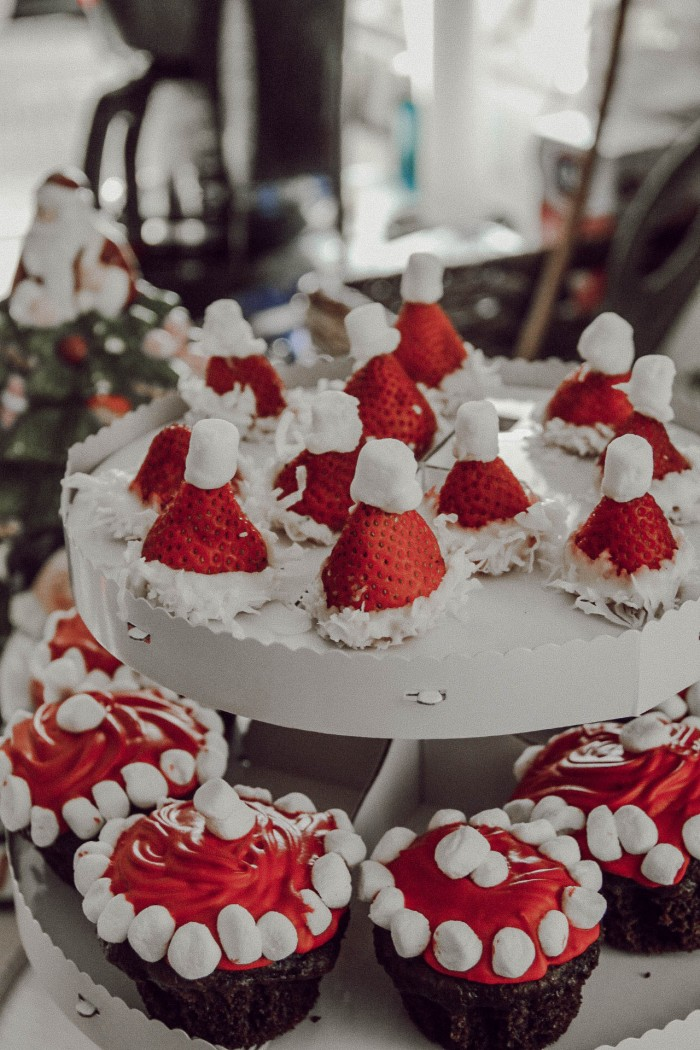 Tasteful Inspiration-Giulia Paulet-Santa Hats